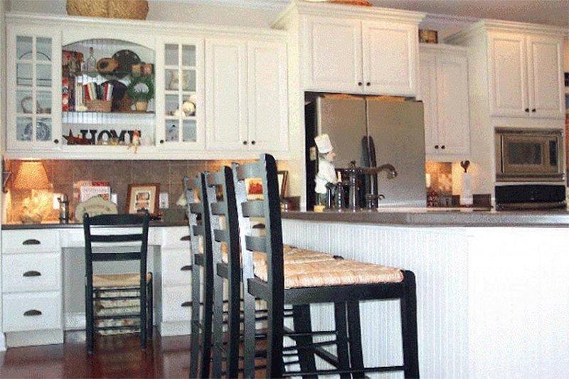 Country Interior - Kitchen Plan #137-216 - Houseplans.com