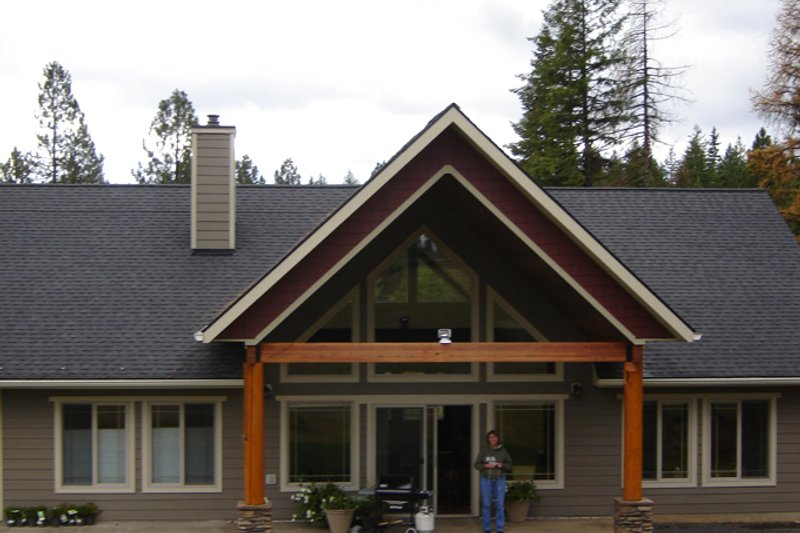 Contemporary Exterior - Rear Elevation Plan #117-849 - Houseplans.com