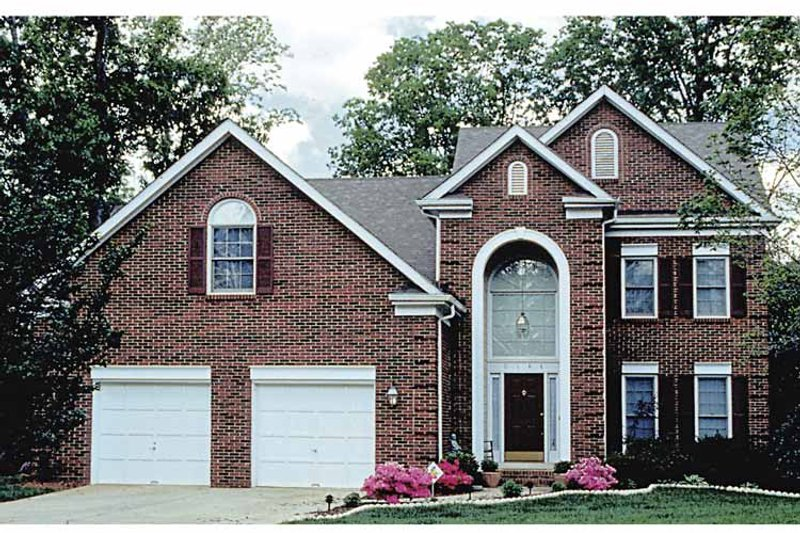 Traditional Exterior - Front Elevation Plan #453-474 - Houseplans.com