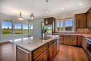 Craftsman Style House Plan - 3 Beds 2.5 Baths 2540 Sq/Ft Plan #1070-5 Interior - Kitchen