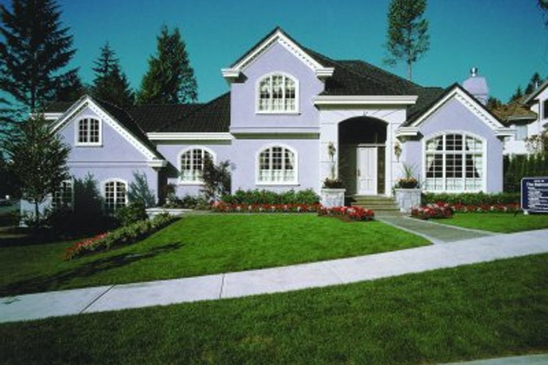 European Style House Plan - 4 Beds 4.5 Baths 4087 Sq/Ft Plan #47-320 Exterior - Front Elevation