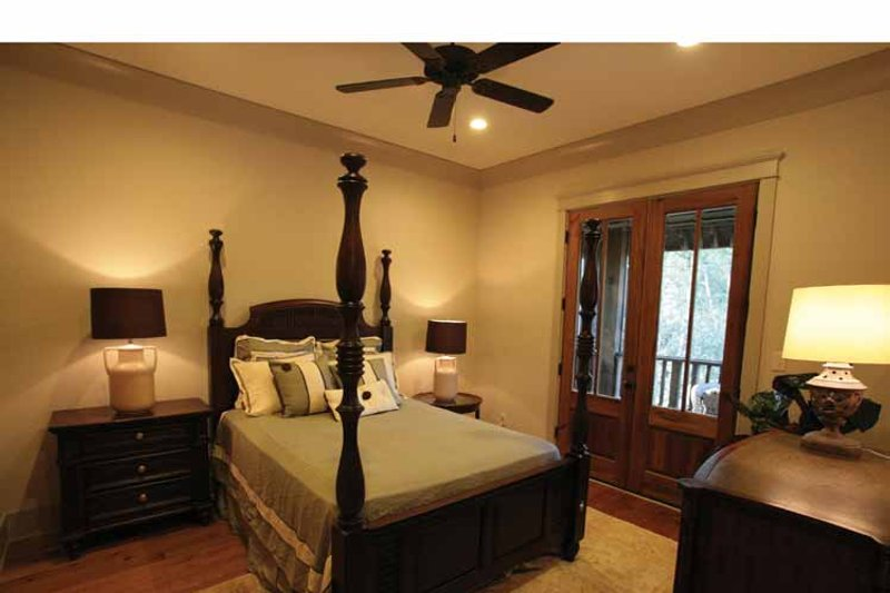 Bungalow Interior - Bedroom Plan #37-278 - Houseplans.com
