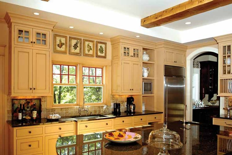 Traditional Interior - Kitchen Plan #928-26 - Houseplans.com