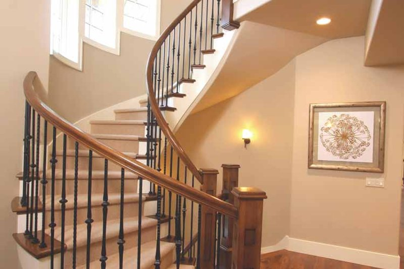 European Interior - Entry Plan #928-178 - Houseplans.com