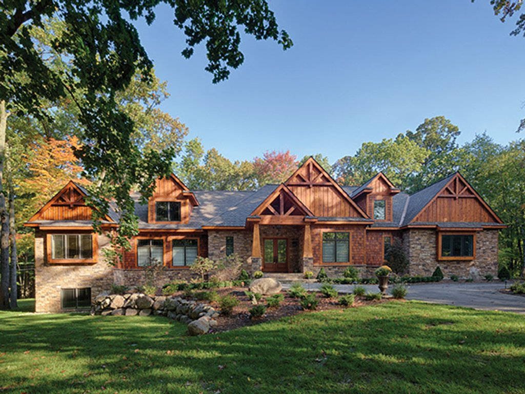 Craftsman style house plan 3 beds 3 baths 3554 sq ft for Craftsman vs mission style