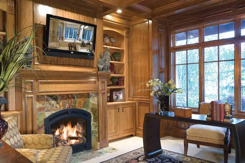 Traditional Interior - Master Bedroom Plan #48-877 - Houseplans.com
