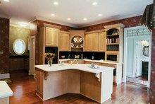 Colonial Interior - Kitchen Plan #71-148