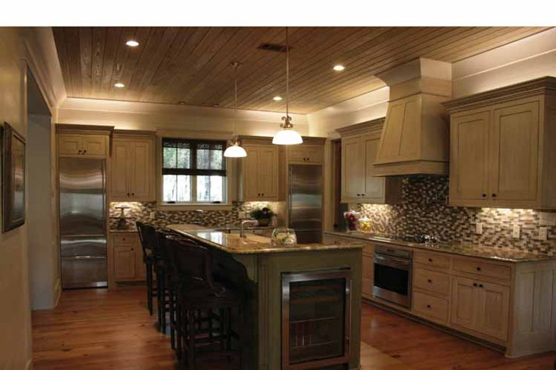 Bungalow Interior - Kitchen Plan #37-278 - Houseplans.com