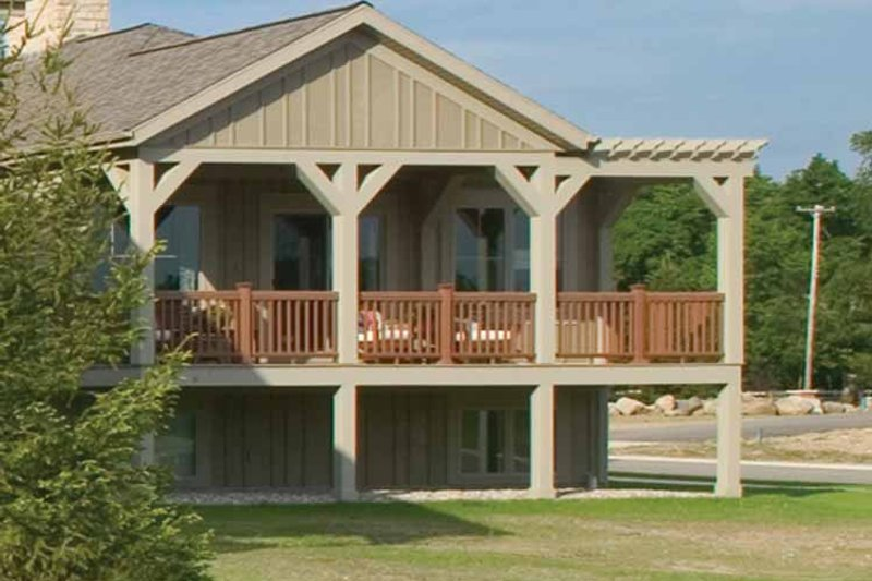 Traditional Exterior - Rear Elevation Plan #928-115 - Houseplans.com