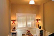 Craftsman Interior - Entry Plan #928-176