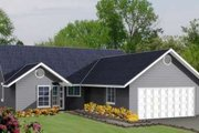Adobe / Southwestern Style House Plan - 3 Beds 2 Baths 1350 Sq/Ft Plan #1-304 Exterior - Front Elevation