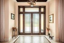 House Plan Design - Beach Interior - Entry Plan #938-102