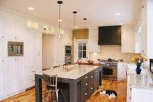 Colonial Interior - Kitchen Plan #928-97