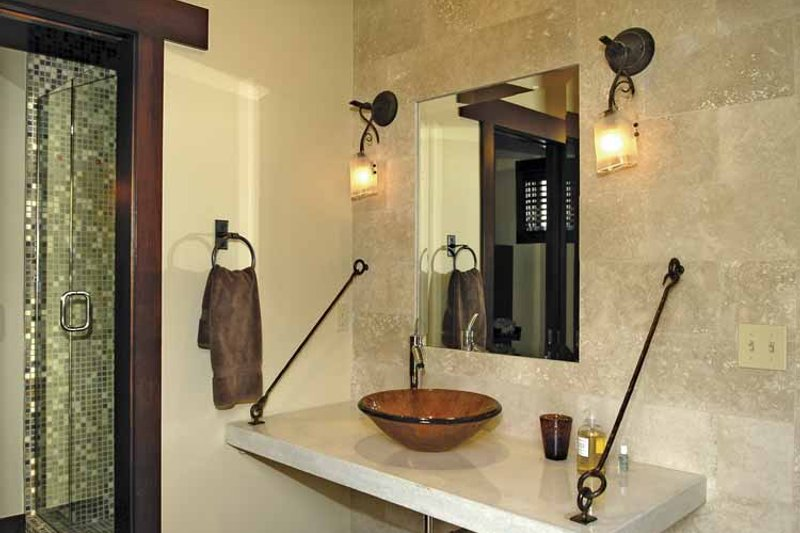 Craftsman Interior - Bathroom Plan #928-15 - Houseplans.com