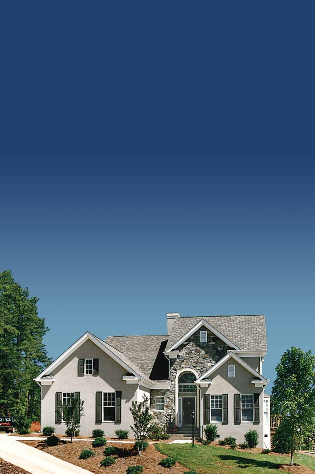 Traditional Exterior Front Elevation Plan 453 388