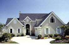 House Plan Design - Traditional Exterior - Front Elevation Plan #453-546