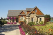 Craftsman Style House Plan - 3 Beds 2.5 Baths 1831 Sq/Ft Plan #56-550 Exterior - Front Elevation