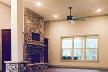 Craftsman Interior - Family Room Plan #437-75