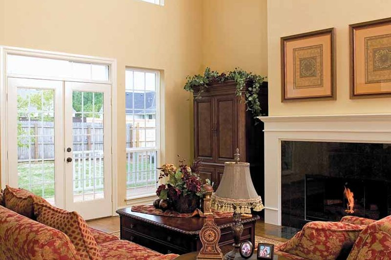 Country Interior - Family Room Plan #929-699 - Houseplans.com