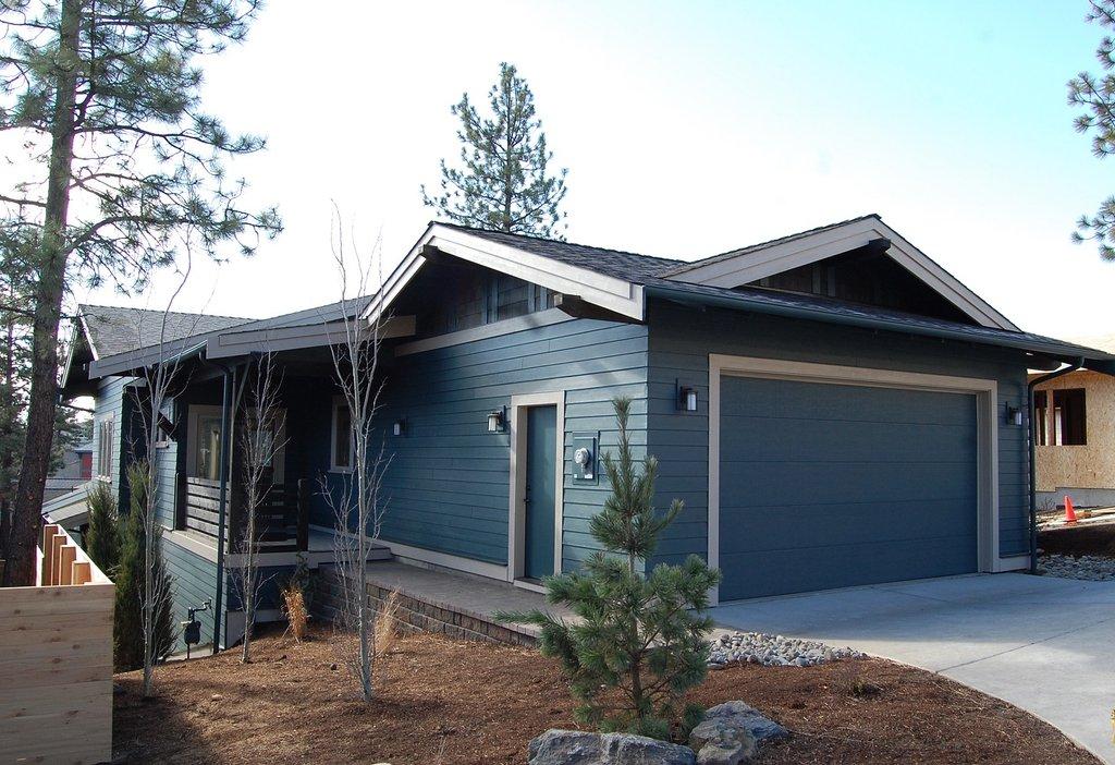 craftsman style house plan 3 beds 2 5 baths 1693 sq ft plan 895 89. Black Bedroom Furniture Sets. Home Design Ideas