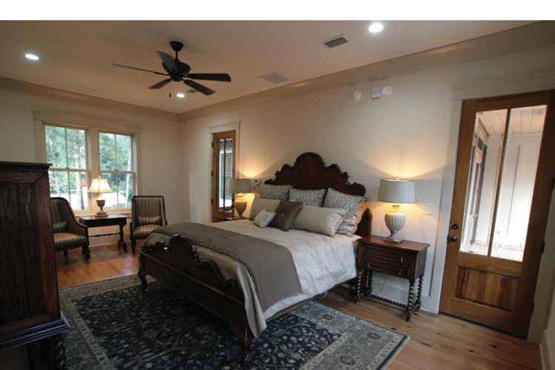 Bungalow Interior - Bedroom Plan #37-278 - Houseplans.com