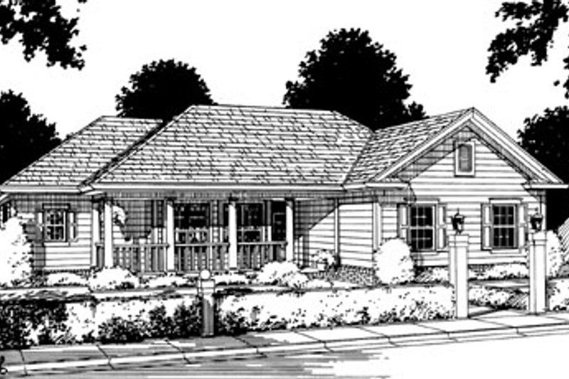 Traditional Style House Plan - 3 Beds 2 Baths 1359 Sq/Ft Plan #20-117 Exterior - Front Elevation