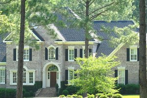 Traditional Exterior - Front Elevation Plan #1054-83