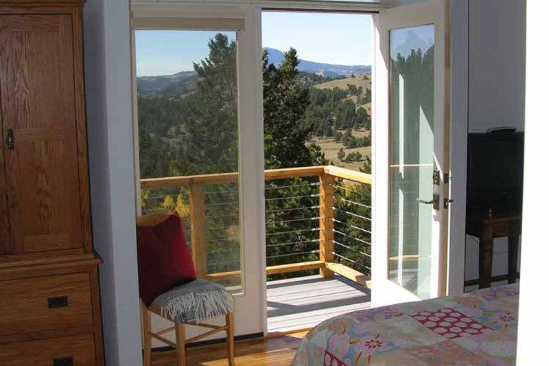 Contemporary Interior - Bedroom Plan #1042-14 - Houseplans.com