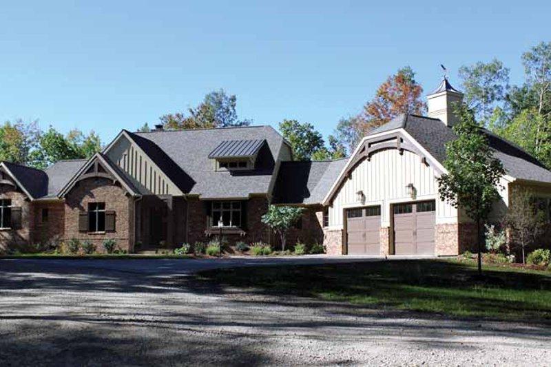 Craftsman Exterior - Front Elevation Plan #928-227