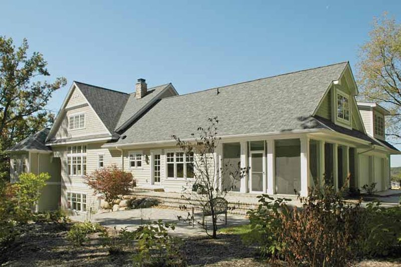 Traditional Exterior - Rear Elevation Plan #928-26 - Houseplans.com