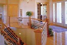 Architectural House Design - European Interior - Entry Plan #51-1094