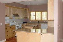 Ranch Interior - Kitchen Plan #939-6