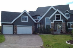 Traditional Exterior - Front Elevation Plan #56-596