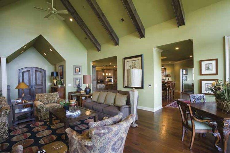 Traditional Interior - Dining Room Plan #17-3302 - Houseplans.com