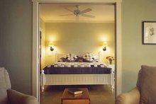 Bungalow Interior - Master Bedroom Plan #928-22