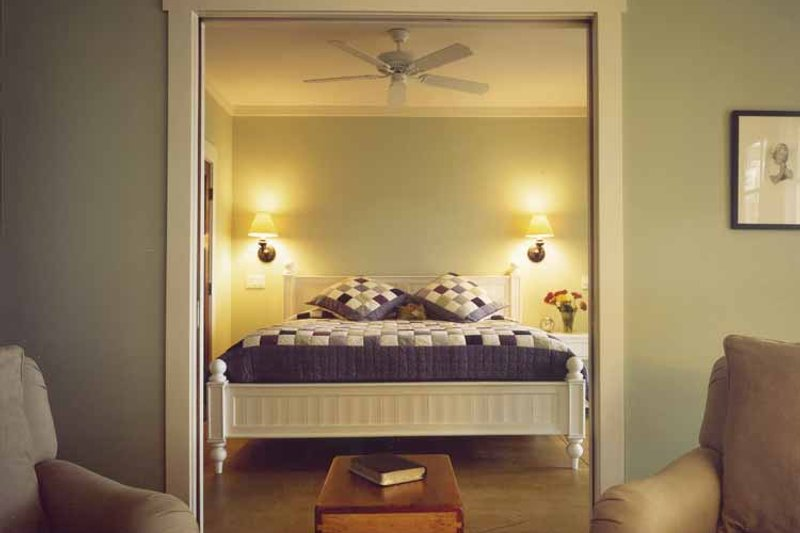 Bungalow Interior - Master Bedroom Plan #928-22 - Houseplans.com
