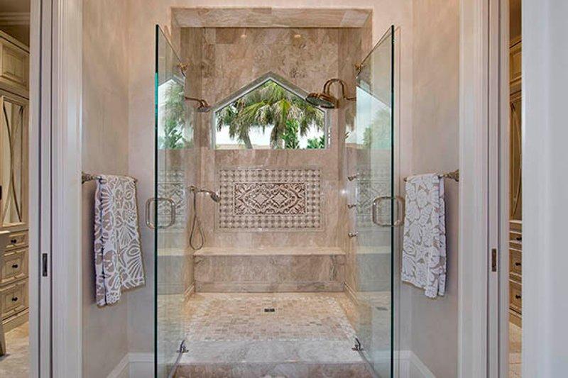 Country Interior - Master Bathroom Plan #1017-157 - Houseplans.com