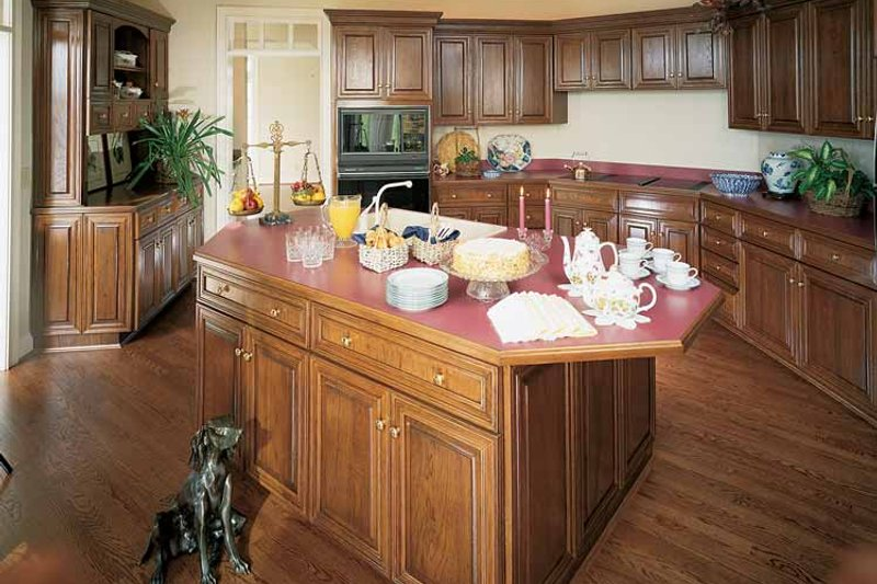Traditional Interior - Kitchen Plan #46-637 - Houseplans.com