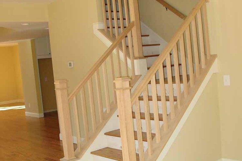 Traditional Interior - Entry Plan #939-3 - Houseplans.com
