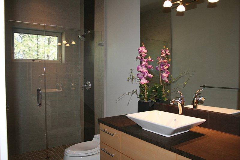 Contemporary Interior - Bathroom Plan #892-18 - Houseplans.com