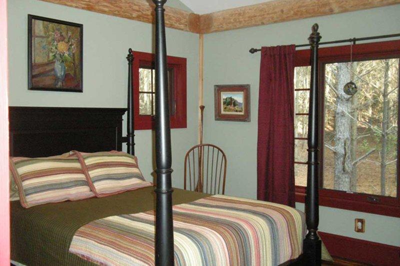 Country Interior - Bedroom Plan #942-27 - Houseplans.com
