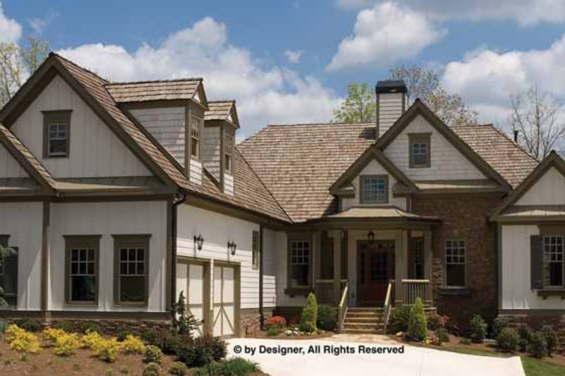 Traditional Exterior - Front Elevation Plan #54-356 - Houseplans.com