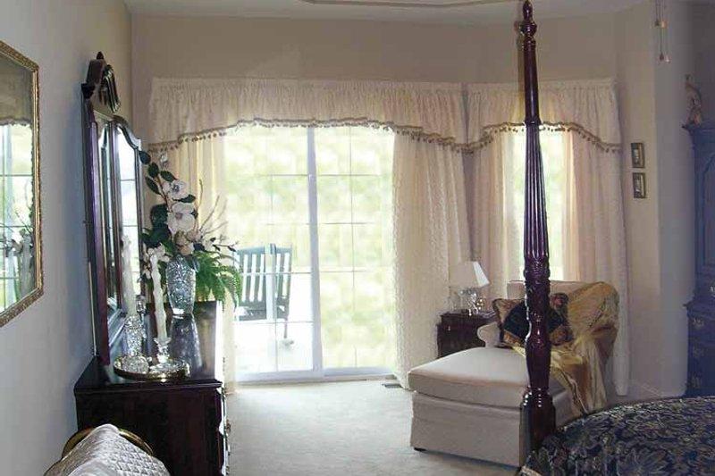 Ranch Interior - Bedroom Plan #456-81 - Houseplans.com