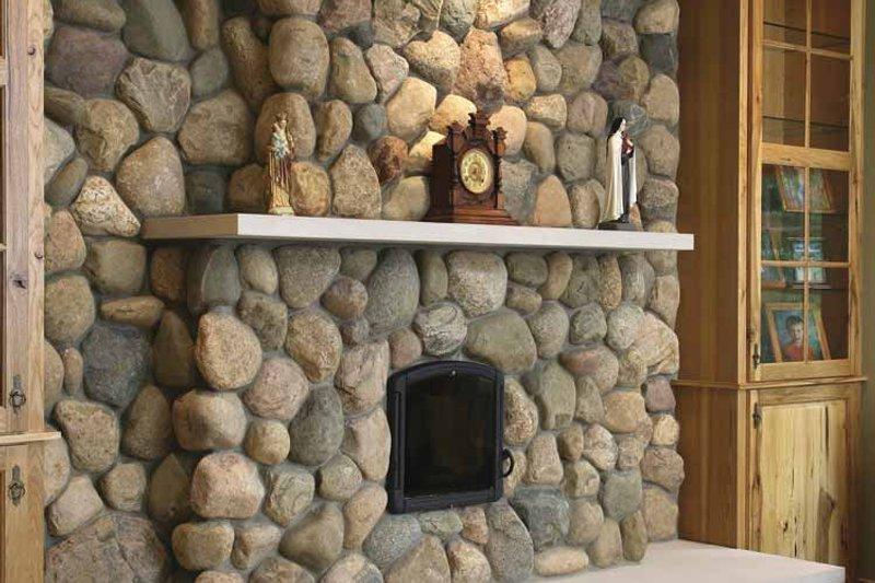 Traditional Interior - Family Room Plan #928-33 - Houseplans.com