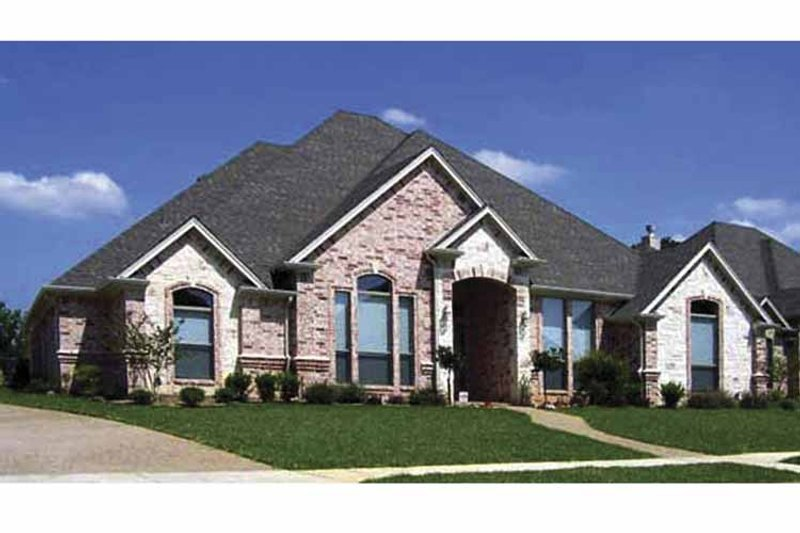 Traditional Exterior - Front Elevation Plan #84-768 - Houseplans.com