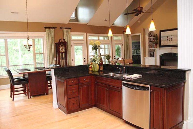 Ranch Interior - Kitchen Plan #929-745 - Houseplans.com