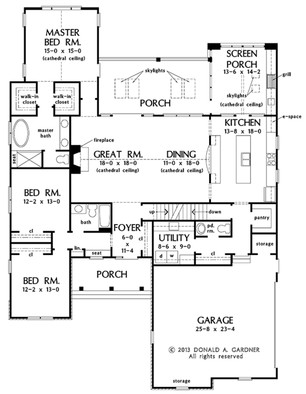 Traditional Style House Plan - 4 Beds 3.5 Baths 2872 Sq/Ft Plan #929-983 Floor Plan - Main Floor Plan
