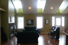 House Plan Design - Traditional Interior - Family Room Plan #21-153