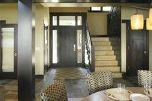 Craftsman Interior - Entry Plan #928-15
