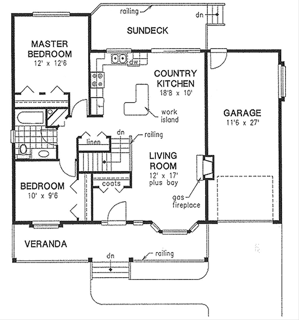 Farmhouse style house plan 2 beds 1 baths 984 sq ft plan for Www floorplans com